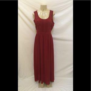 Forever 21 Contemporary Size M Burgundy Maxi Dress